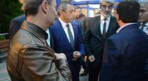 Başkan Kurukız Şehidi havaalanında karşıladı27