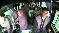 Piston aşağı indi - Otobüs arızasını yanlış anlayan yolcular -